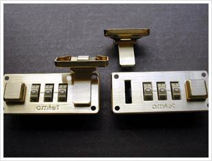 スイス製amiet社のダイヤル錠